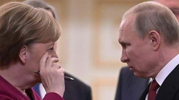 Перед встречей с Зеленским Меркель посоветуется с Путиным
