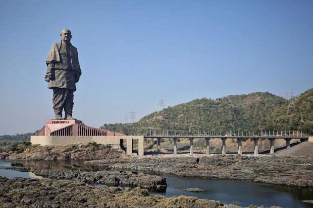 Самые высокие статуи на Земле
