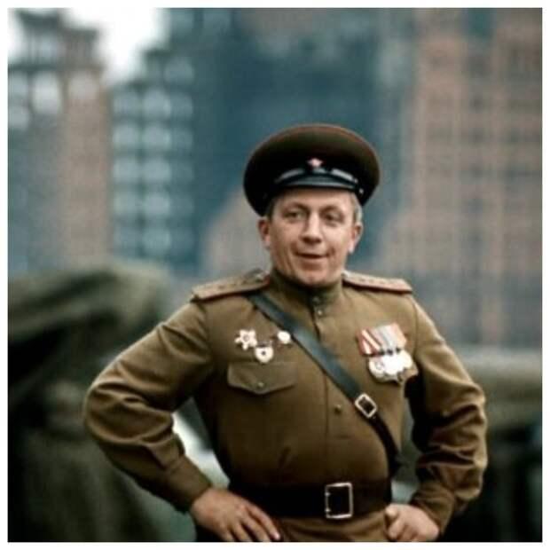 "Командир батареи Ромадин - Женя, Женечка и ""катюша"" (1967)"