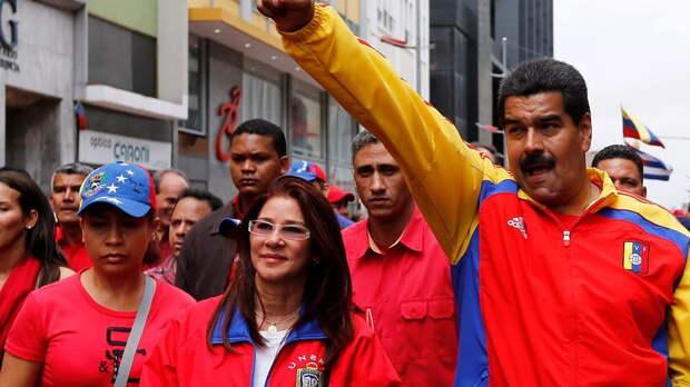 Дипломаты США покинули Венесуэлу — Мадуро укрепляет свою власть