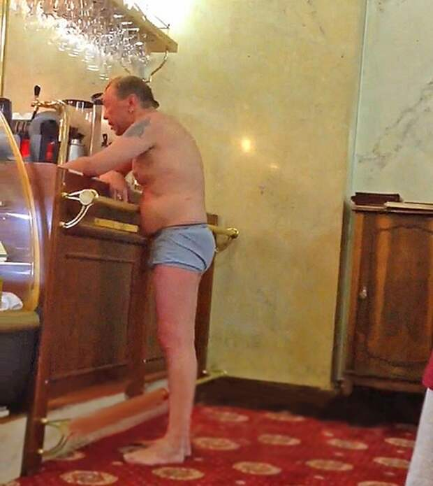Гарик Сукачев допился до «белочки»