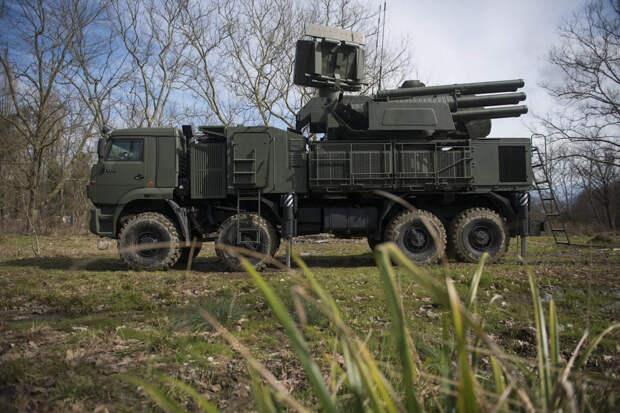 Военнослужащие зенитного ракетного полка ЮВО в Сочи учились защищать назначенный район от авианалета
