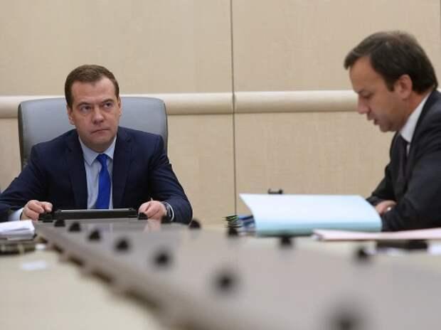 Сегодня Дмитрий Медведев проведет совещание о поддержке авторынка