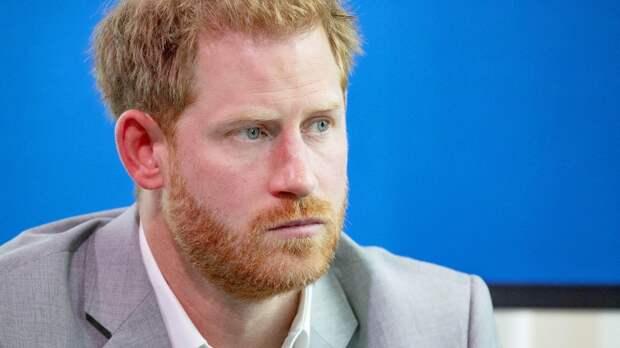 Королевский эксперт объяснила поведение принца Гарри на интервью у Опры Уинфри
