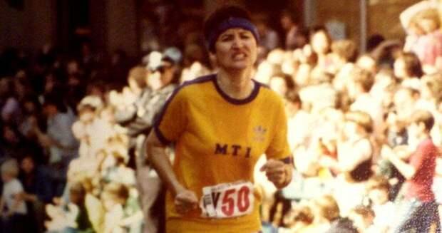 Учитывая то, что Рози пробежала меньше километра, отличная актерская игра!