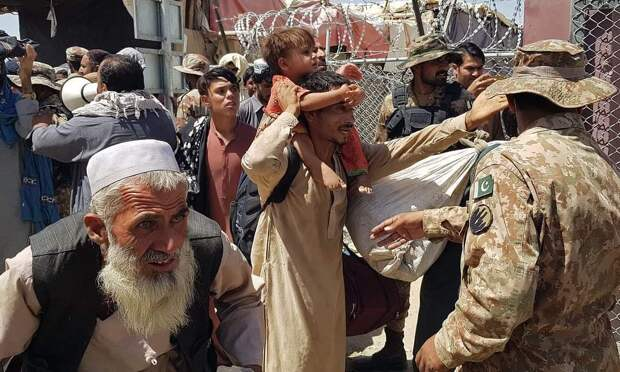 Как предотвратить гуманитарную катастрофу в Афганистане, не укрепляя власть «Талибана»