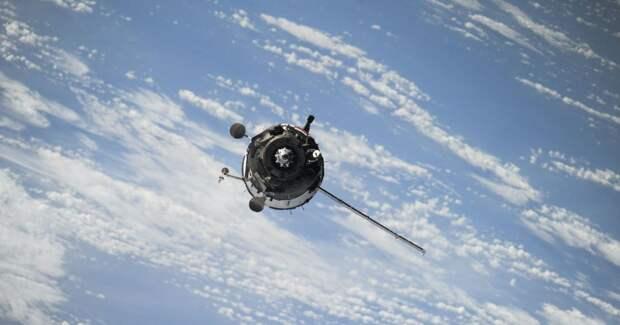 NASA сожжет свой старый спутник в атмосфере Земли