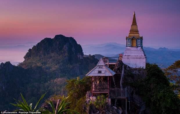 Пагода в городе Лампанг в Таиланде