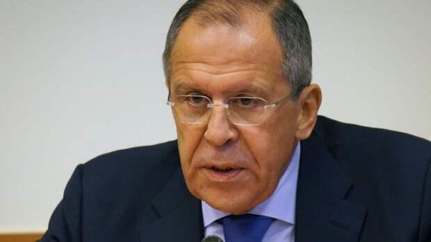 Лавров отчитал журналиста BBC в ходе пресс-конференции в Душанбе