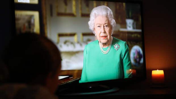 Елизавета II обратилась к нации в связи со вспышкой коронавируса