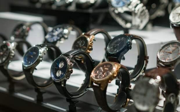 Механические часы VS Цифровые часы