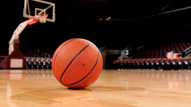 «Финикс Санз» вышел в ½ финала плей-офф НБА, обыграв «Денвер» четыре раза