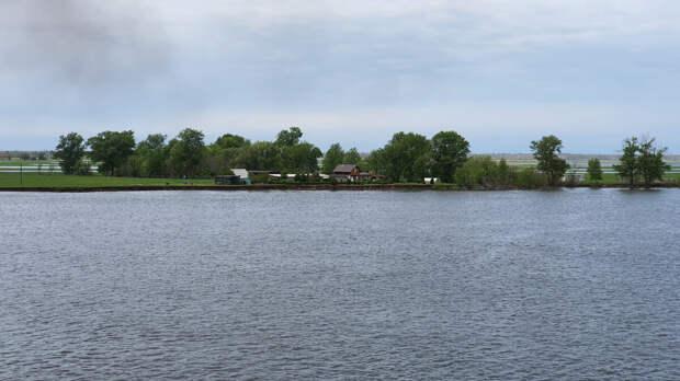 Волга во время половодья
