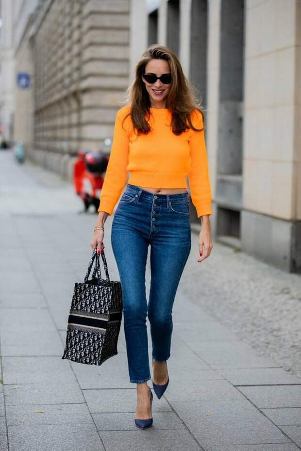 Женщина в джинсах скинни. /Фото: cdnimpuls.com