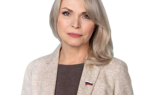 Депутат ГД Белых инициировала сбор подписей за контроль работы асфальтобенного завода