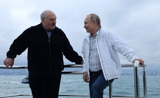 Поразительный  контраст! Фото   из  открытых  источников -    с официального  сайта  Президента  России.