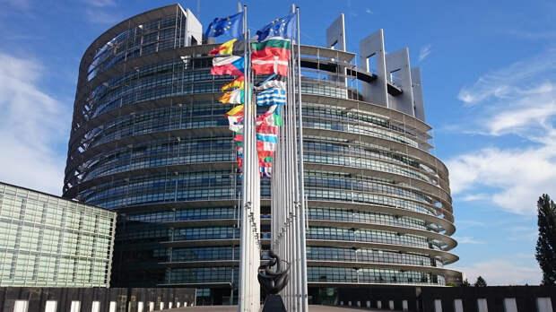 Евросоюз пригласил США, Норвегию и Канаду к участию к программе военной мобильности