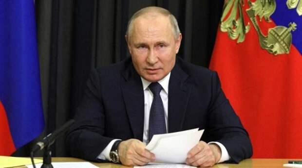 """Журналист """"России 1"""" выдал """"сенсацию"""" о спичках у камина в переговорной Путина"""