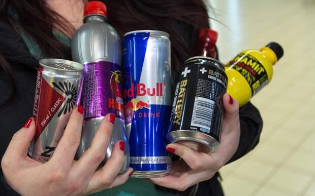 В России хотят полностью запретить продажу энергетиков детям