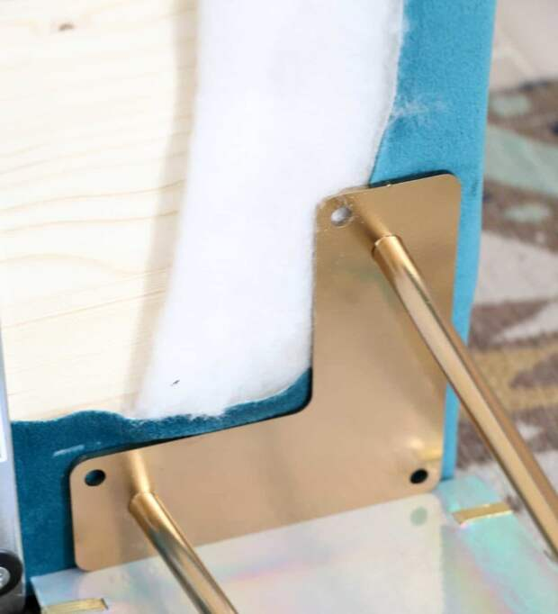 Стильная самодельная скамеечка для уютного уголка