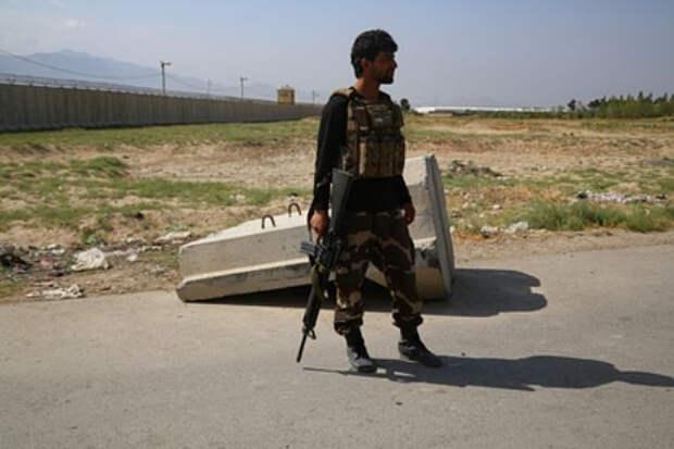 Талибы захватили столицы еще нескольких провинций и приблизились к Кабулу