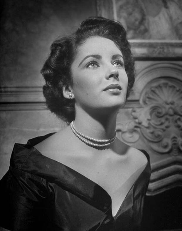 Элизабет Тэйлор 40-х годов