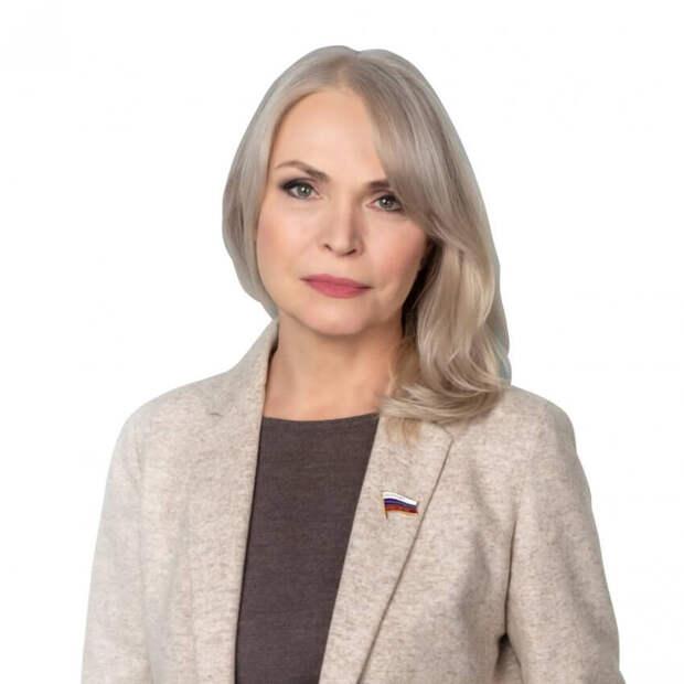 Депутат ГД Ирина Белых призывает более серьезно изучать историю страны