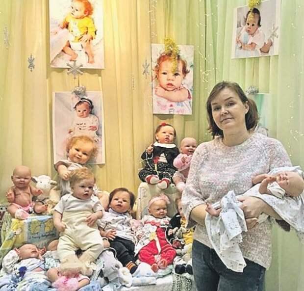 Жительница Войковского создает кукольных младенцев