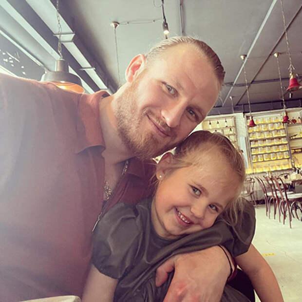 Иван Телегин с дочерью Таисией