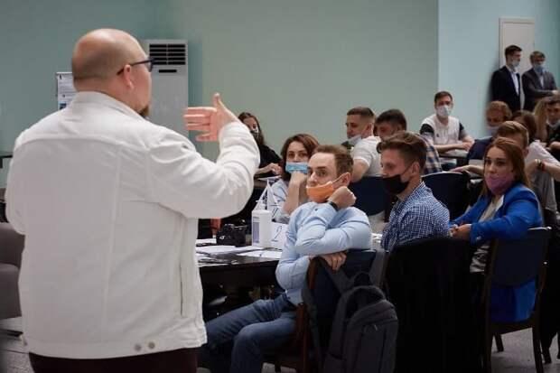 Объединиться, чтобы обеспечить безопасность: для молодых специалистов Департамента ГОЧСиПБ провели командообразующий тренинг