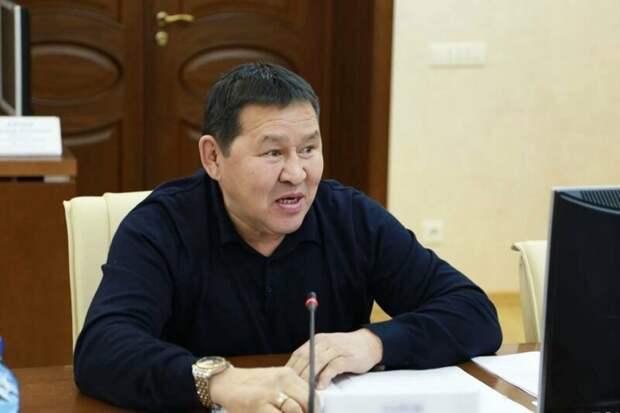 В Якутии суд отменил обвинительный приговор пьяному чиновнику, который сбил пешехода насмерть
