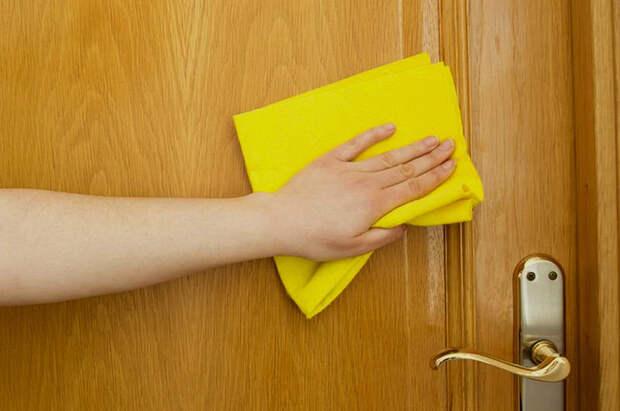 Быстрая и легкая очистка двери