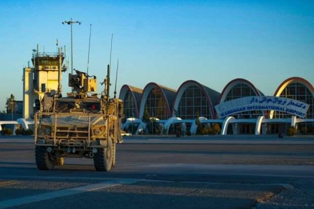 Неприкрытое бегство: американские войска спешно выводят изАфганистана