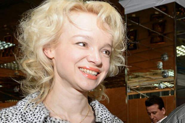 СМИ: экс-супруге Джигарханяна приписали новый роман