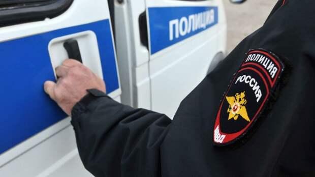 СМИ: в Петербурге неизвестный напал с ножом на школьницу