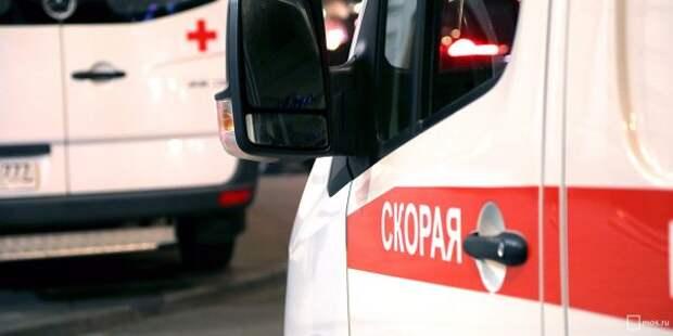Молодой человек на роликах попал под колеса такси на Ленинградке