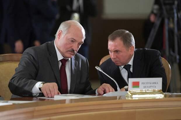 Лукашенко: Беларусь останется многовекторной