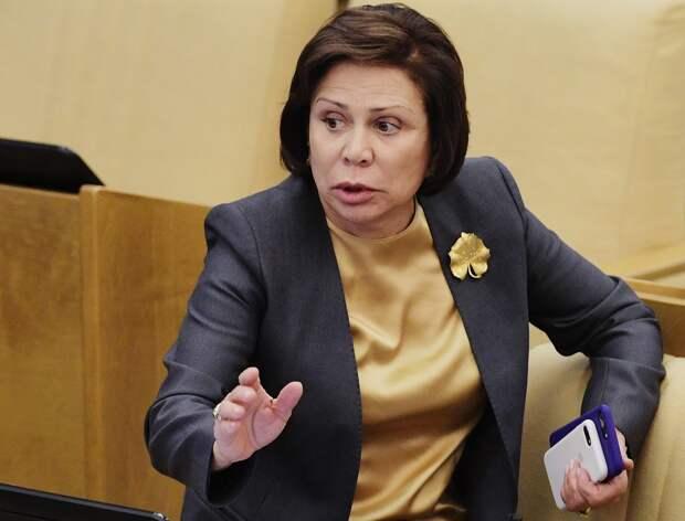 Роднина предложила разобраться с«засланными казачками» вроссийских СМИ