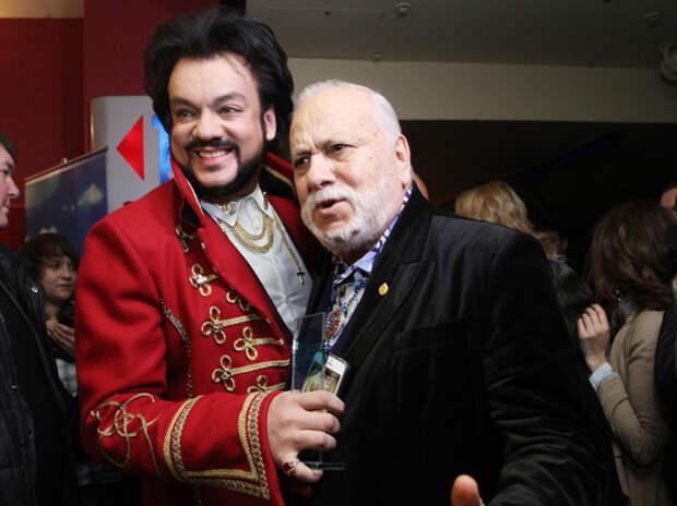 """Киркоров восхитился 88-летним отцом на шоу """"Маска"""": """"Мой султан"""""""