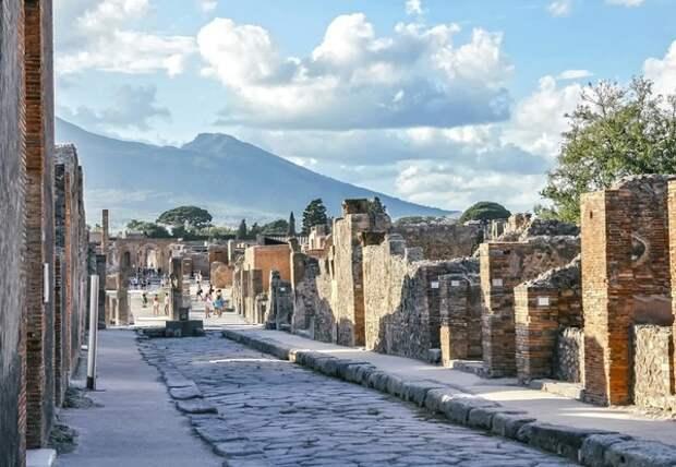 Археологи обнаружили необычную находку на древнеримской вилле в Помпеях