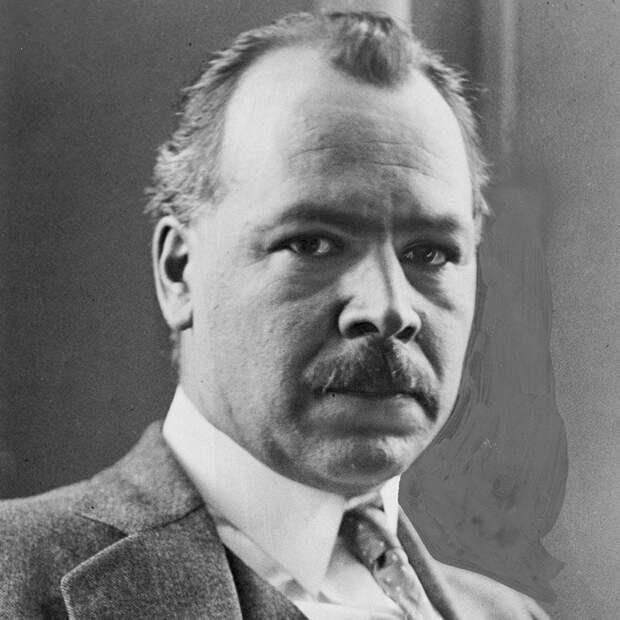 Николай Иванович Вавилов - международно признанныый российский ботаник, генетик и исследователь.