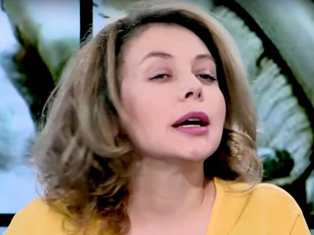 «Здесь жить нельзя»: Божена Рынска объявила, что уезжает из России