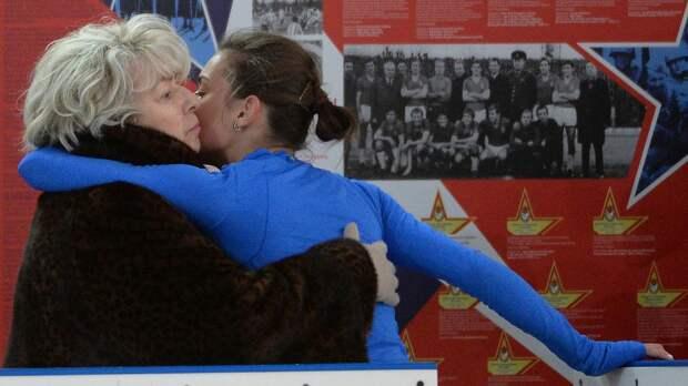 Тарасова поздравила олимпийскую чемпионку Сотникову с днем рождения: «Интересной тебе работы и счастливой жизни»