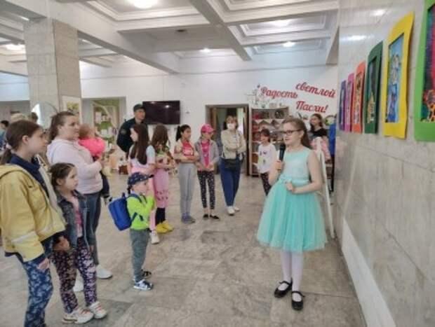Выставки ´В моём мире´ юной художницы из Минска Ульяны Давидович.