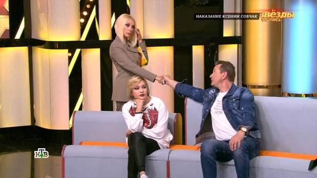 «Выковыривала изо рта ребенка стекла»: Кудрявцева расплакалась в студии НТВ