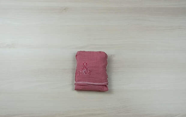 Практичная очень полезная в быту идея по переделке старой рубашки