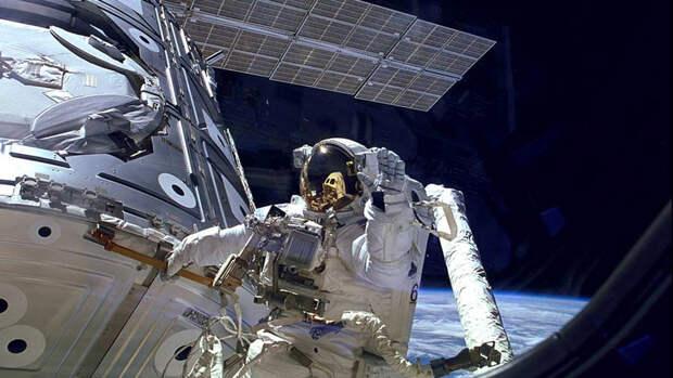 Космонавт Кондакова допустила, что дыру на МКС просверлила американка