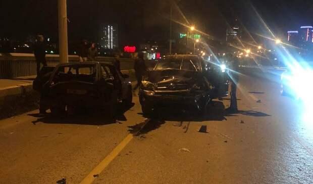 В ночной аварии на Алебашевском мосту пострадал один человек