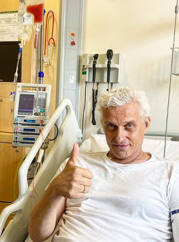 """""""Болезнь долгая и сложная"""": Олег Тиньков оценил сроки выздоровления после трансплантации костного мозга"""