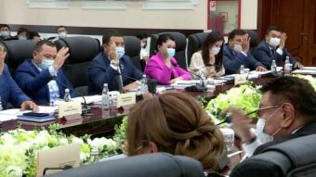 Шымкентские депутаты утвердили городской бюджет на 3 года